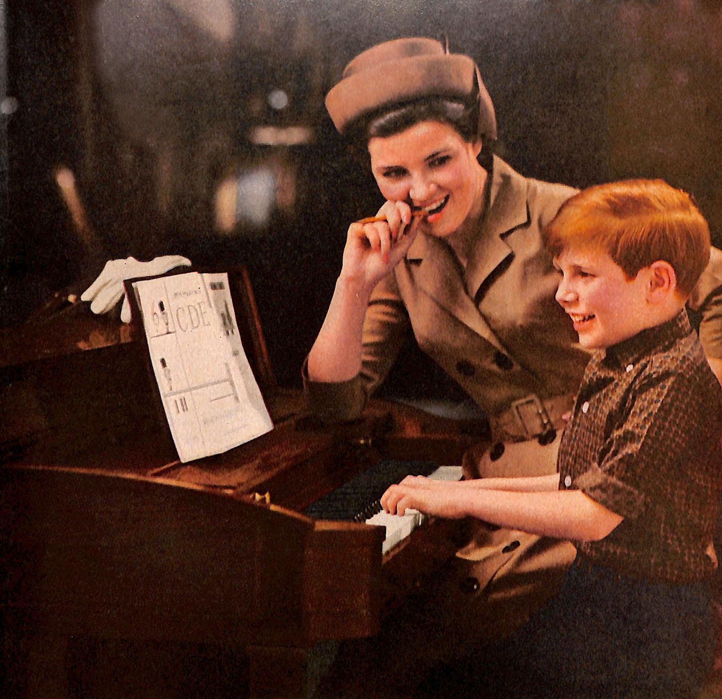 1963 Baldwin petite piano ad