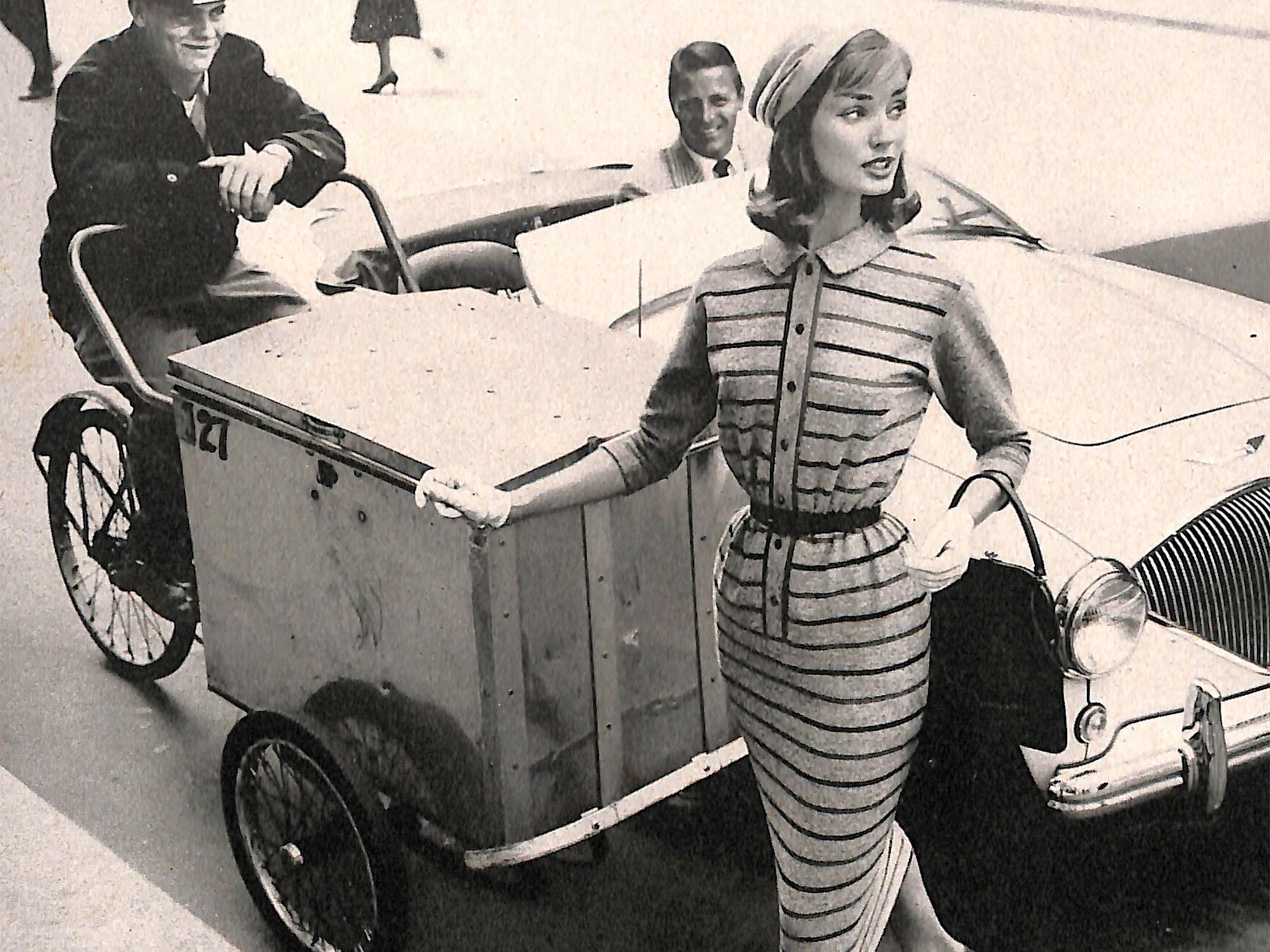 Vintage Fashion Ad - street scene